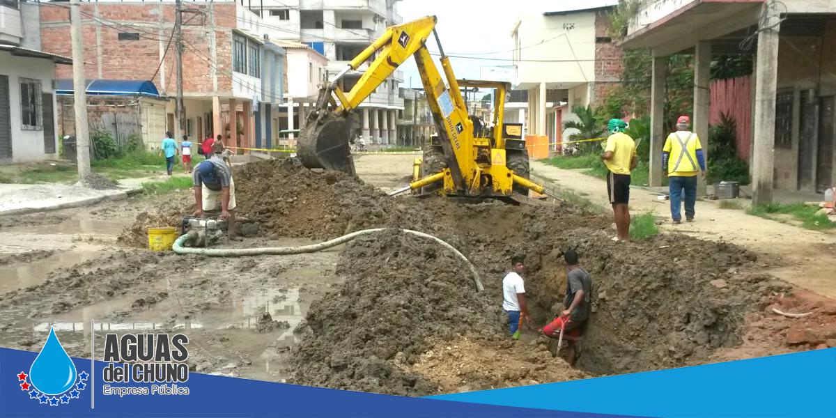 Aguas del Chuno sigue reparando daños en la ciudad