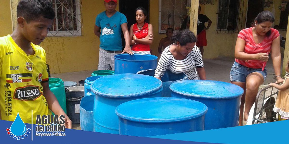 Aguas del Chuno sigue entregando el agua en tanqueros