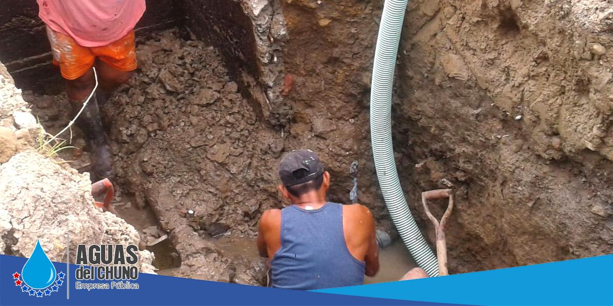 Aguas del Chuno sigue con reparaciones de redes
