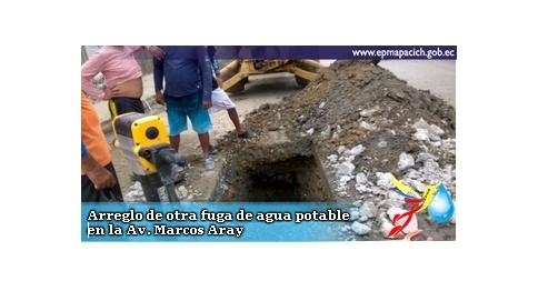 Arreglo de otra fuga de agua potable en la Av. Marcos Aray