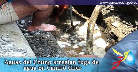 Aguas del Chuno arreglan fuga de agua en Camilo Giler
